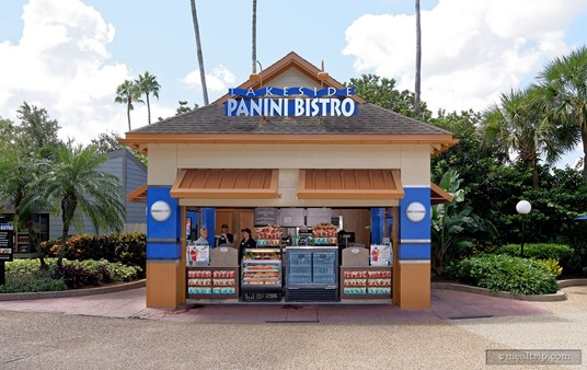 Before Mako™ was added to the park, the Panini Shore Cafe had been called The Lakeside Panini Bistro. It's all still in the same location.