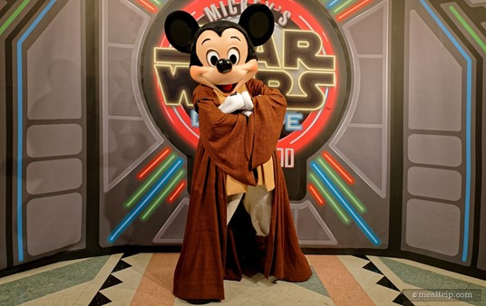 Jedi Mickey is ready for action (or a photo with your group) at Jedi Mickey's Star Wars Dine at Hollywood & Vine.