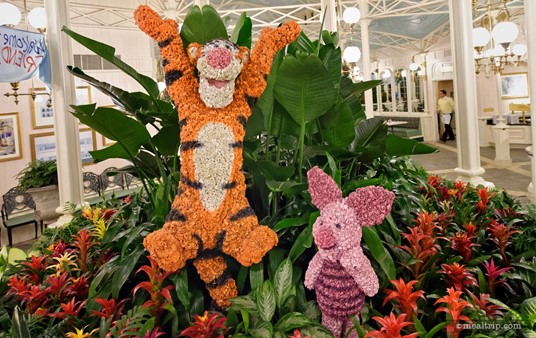 Hey there! It's the Tiger and Piglet topiaries, located in the center atrium area at the Crystal Palace!