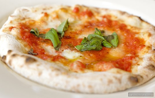 A closer look at the Pizza Margherita D.O.C., which is quite similar to the pizza that Via Napoli offers on their regular menu.