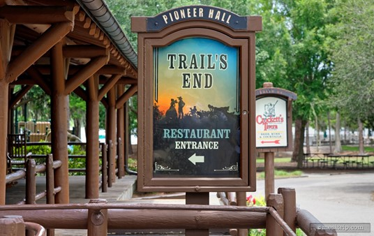 The front entrance of the Trail's End Restaurant.