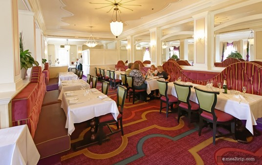 """There's basically two main seating """"strips"""" at  Monsieur Paul, this row is what I like to call the non-window side."""