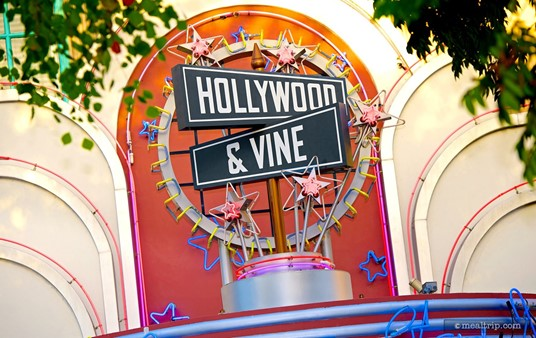 Sign above the entrance to Hollywood & Vine.