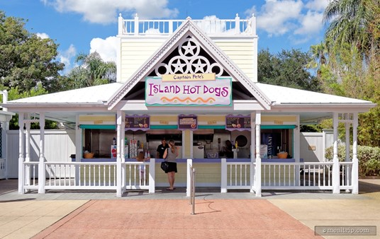 """The """"Captain Pete's Island Hot Dogs"""" building."""