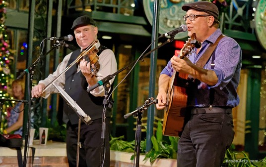 Jason Thomas and Billy Varnes perform in the lobby area just outside the Scat Cat Club.