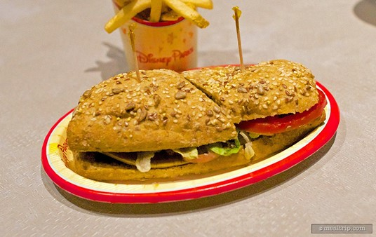 Comic Ray's Vegetable Sandwich, served with fries (or apple slices).