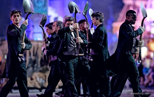 These guys follow the horses... no, no, it's the sparktacular Grave Digger troupe.