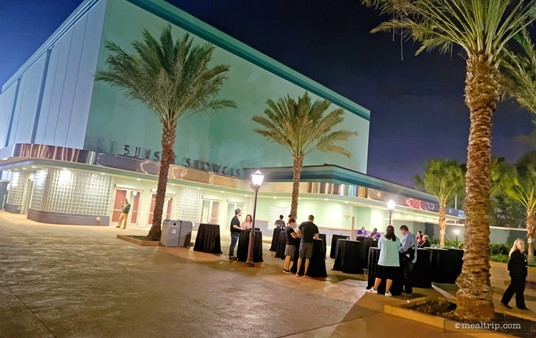 """After checking in, the courtyard in front of the Sunset Showcase acts as an outdoor """"lobby"""" of sorts."""