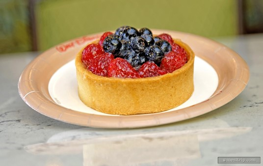 Hello little Almond Fruit Tart! I don't know if the fruit changes seasonally, but this is one pretty good pastry.