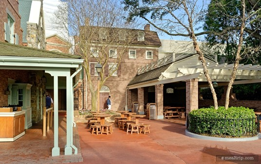 """Behind Sleepy Hollow Inn Refreshments there is a covered seating area, and a """"full sun"""" seating area."""