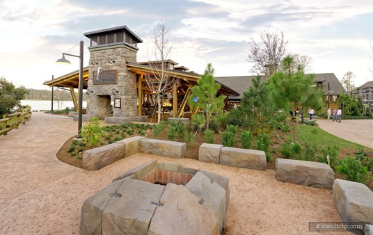 Walking up to the Geyser Point Bar and Grill for Breakfast (the counter service window is located at the far back and right of the main building in this photo).