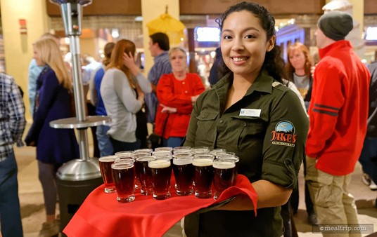 """As guests start filling in the area, a complimentary """"while you wait"""" beer is offered."""