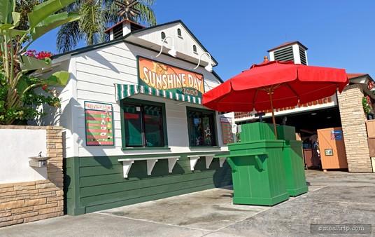 The Sunshine Day Cafe building/kiosk.