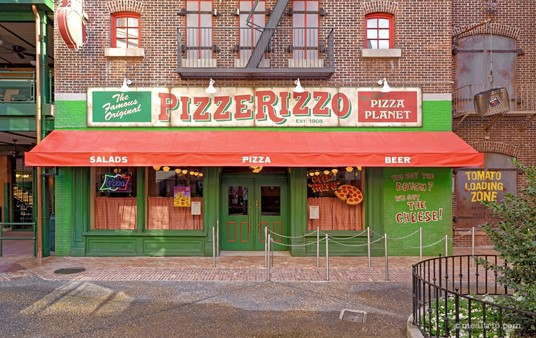 """There are all kinds of entrances into PizzeRizzo, but technically, this is the main """"front"""" entrance."""