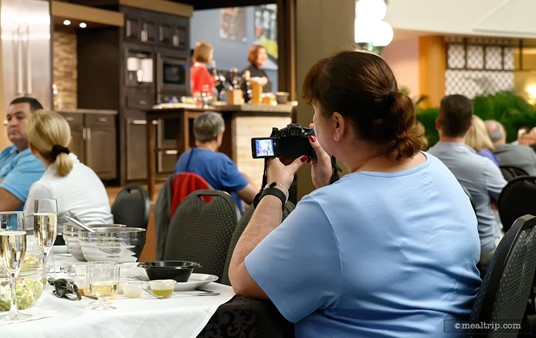 """The """"Mix It, Make It"""" demos don't really feel rushed. The 90 minute format (sometimes a bit shorter, depending on the demo) gives everyone time to take photos and ask questions."""