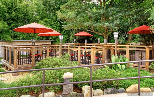 Just outside the main building and down a short path there's another seating deck with umbrella covered tables.