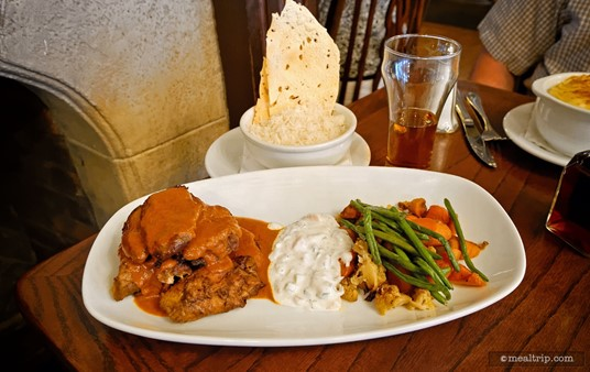 The Indian-style Chicken Masala dinner entree comes with all of this stuff (except for the nearly empty glass of ale).