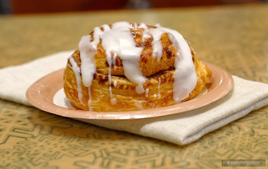 Why so many pictures of the Cinnamon Roll? Well, there's really only six things on the Sunshine Seasons breakfast menu, so I decided to take many angles of each item!
