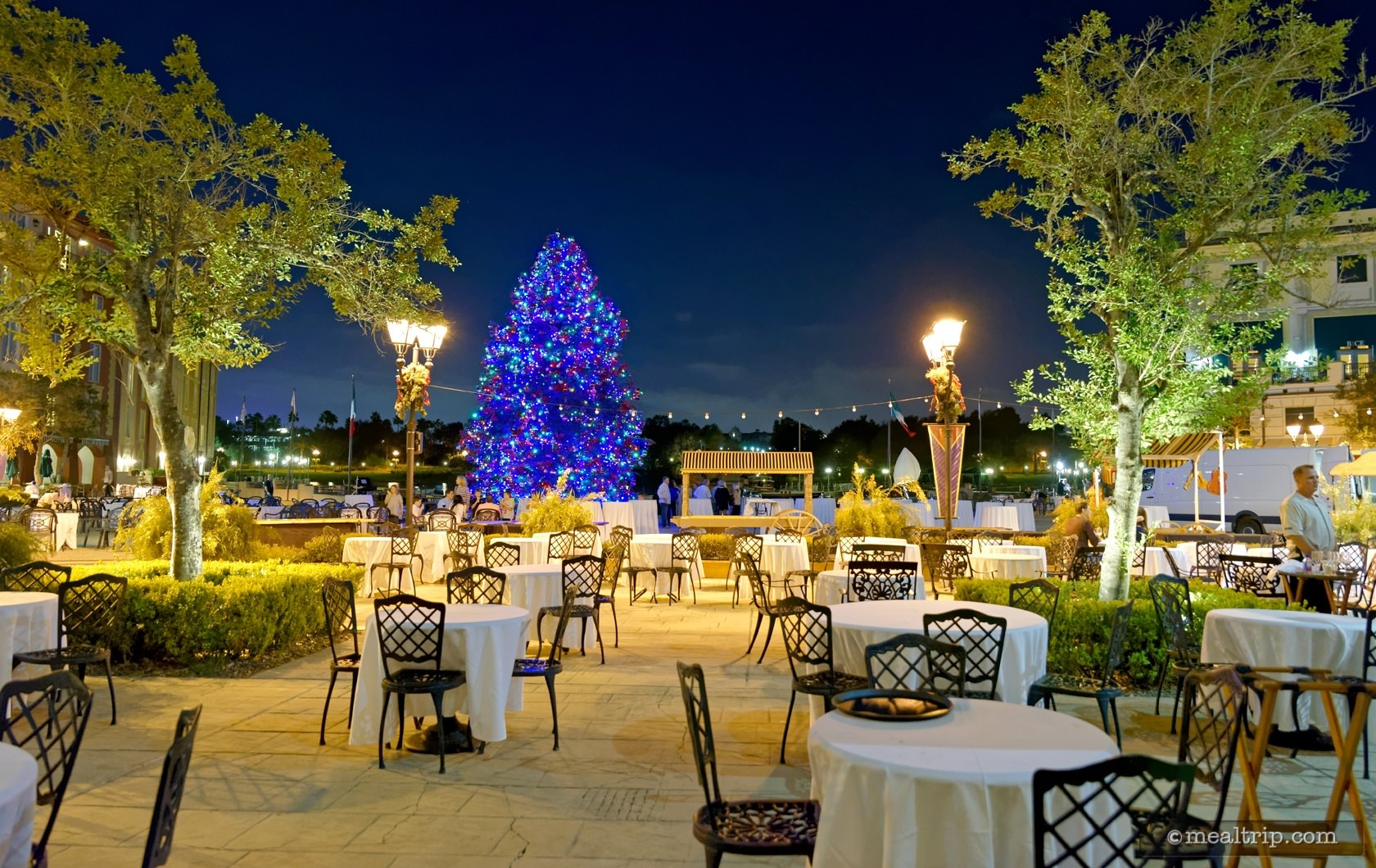The Centerpiece Tree at Holiday Harbor Nights